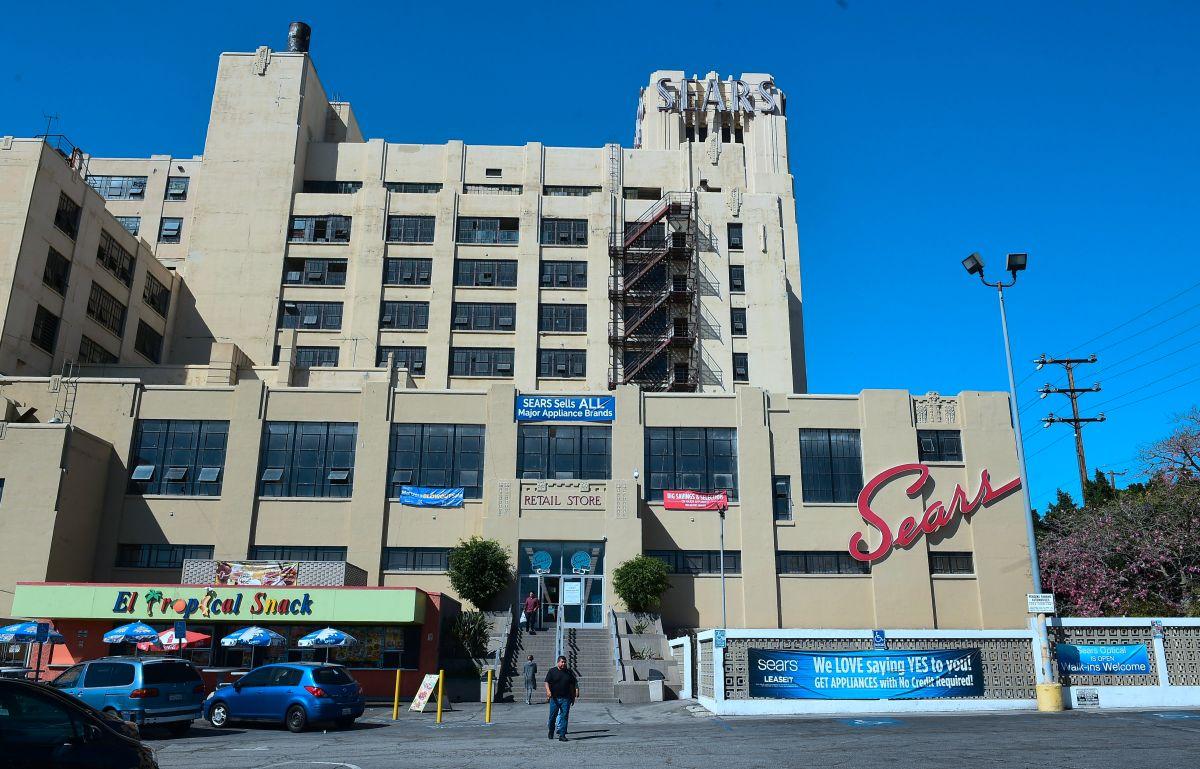 Un Sears de 94 años en Los Ángeles que es muy querido por los hispanos, está a punto de desaparecer