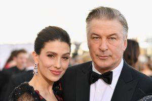 El actor Alec Baldwin de 62 años y su esposa Hilaria le dan la bienvenida a su quinto hijo