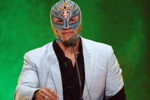 ¿Sin plan para hoy? WWE te permite ver las mejores peleas de Rey Mysterio totalmente gratis