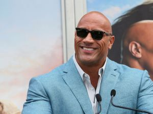 "Dwayne ""The Rock"" Johnson lloró de alivio y felicidad por la victoria de Joe Biden"