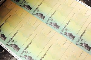 Cuándo el IRS podría empezar a enviar segundo cheque de estímulo si es aprobado antes de las elecciones