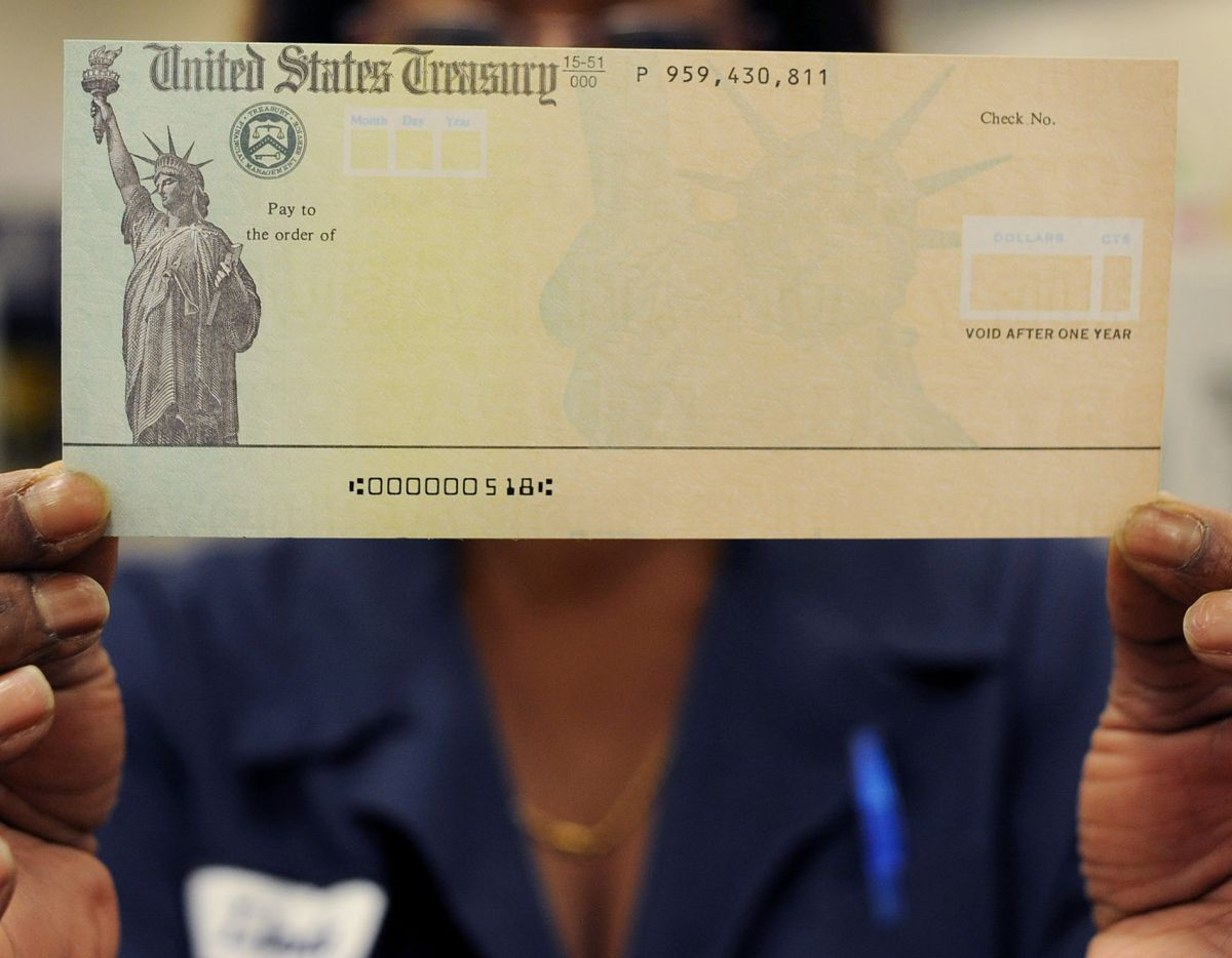 IRS Confirms First $ 1,400 Stimulus Checks Already Starting to Arrive in Bank Accounts