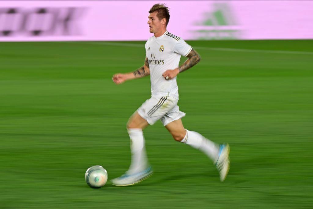 """""""Tienes que tener cojones para eso"""": Toni Kroos habló sobre un hipotético fichaje de Messi con el Real Madrid"""