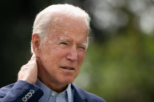 Destacados artistas latinos participarán en acto de campaña de Biden en Florida, un estado clave