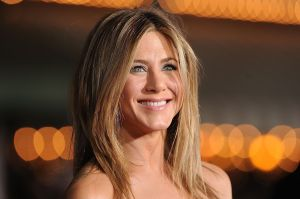 Jennifer Aniston se reencuentra con Courteney Cox y Lisa Kudrow en los Emmy