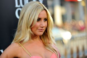 ¡Ashley Tisdale está embarazada! y los fans de High School Musical no pueden creerlo