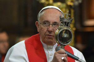 Dolorosa ciática deja al Papa Francisco sin misa de fin de año