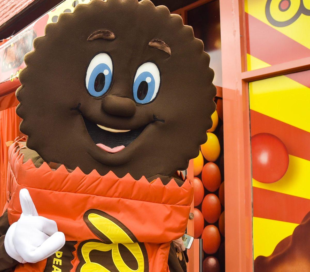 Los cosméticos de Reese's contienen una envoltura muy parecida a la de los tradicionales caramelos.