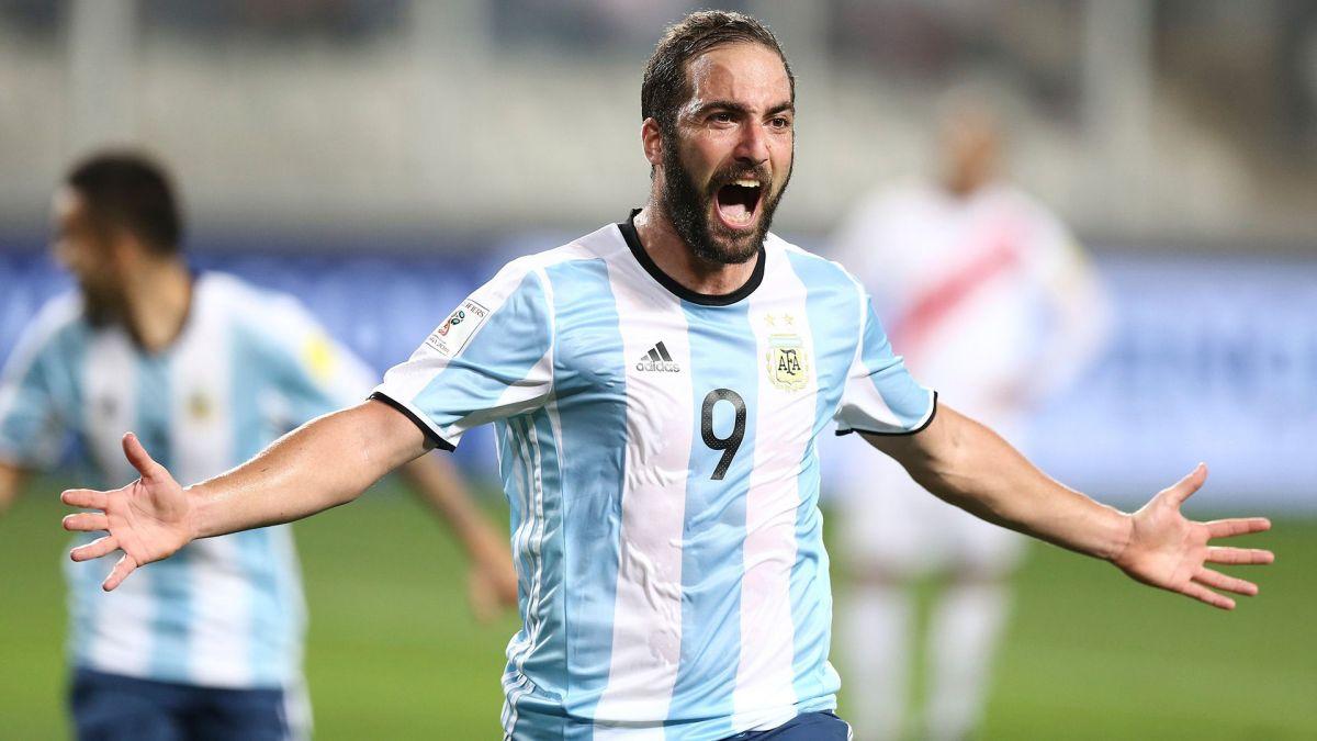 Higuaín ya está en Estados Unidos para fichar por el Inter Miami de Beckham