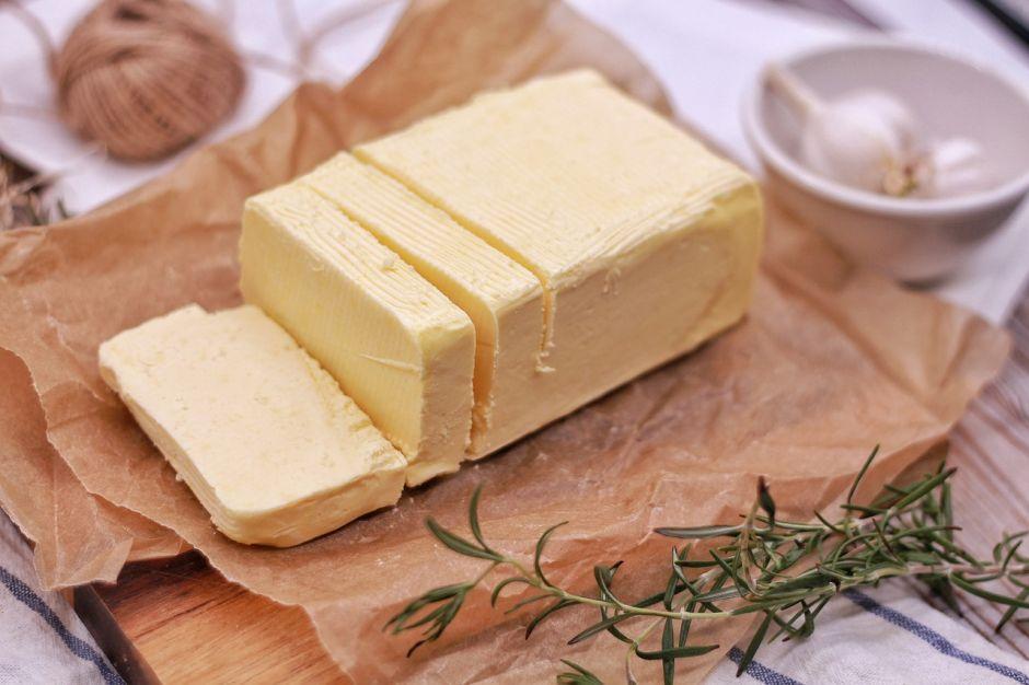 Cómo hacer mantequilla en casa con un solo ingrediente