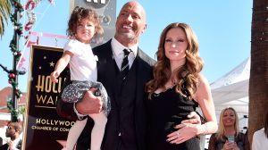 'The Rock' y toda su familia tienen COVID-19