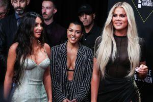Kim Kardashian anuncia junto a Khloé y Kourtney el nuevo lanzamiento de su colección diamante