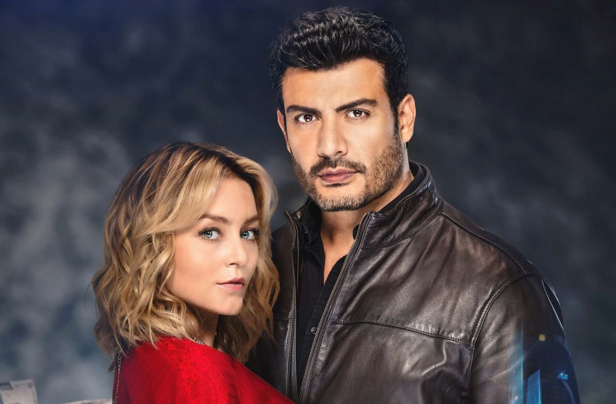 Angelique Boyer and Andrés Palacios star