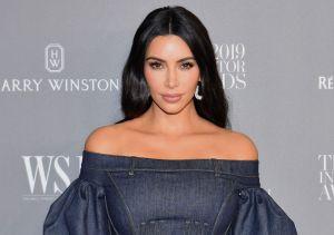 Las fotos más salvajes de Kim Kardashian junto a sus autos