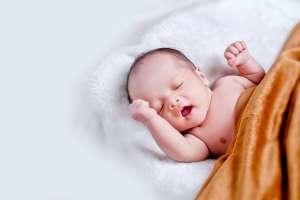 Bebé de 2 meses muere por Covid-19