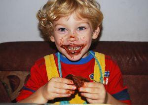Cuáles son los daños del azúcar en los niños