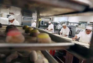 Programa donará dinero a pequeños negocios de LA