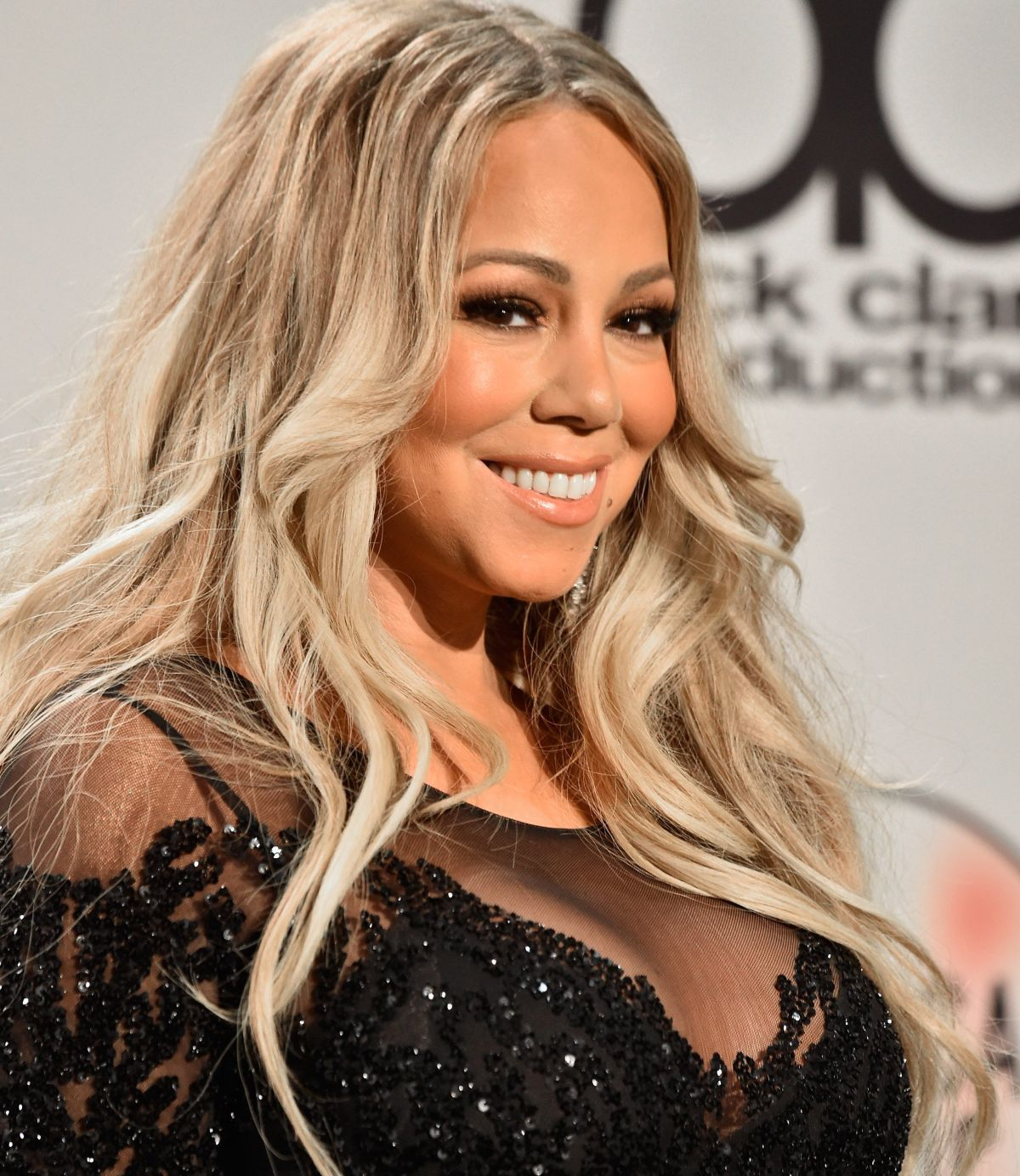 Mariah Carey spoke about the problems of being biracial in the music industry