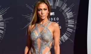 La impresionante cantidad de prendas en el armario de Jennifer Lopez