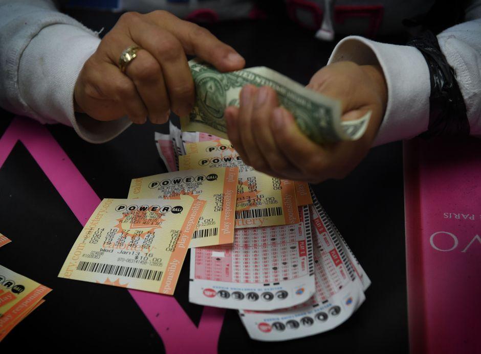 Jugador de Illinois gana premios de lotería de $10,000 y $1 millón en una semana