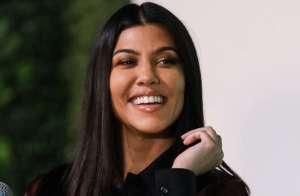 Scott Disick no deja de celar a Kourtney Kardashian, no le gusta verla coquetear con otros hombres