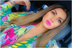 "Con pequeñísimos bikinis, Mariana González muestra por qué le dicen ""la Kim Kardashian mexicana"""