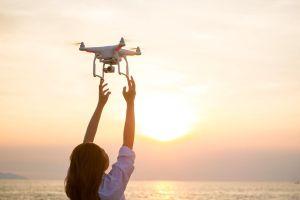 5 drones que te brindan las mejores tomas aéreas sin tener que gastar mucho dinero en equipo