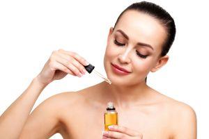 Los mejores productos con aceite de ricino para el cuidado de tu piel y cabello