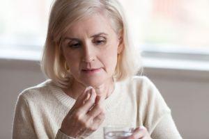 Los mejores suplementos que puedes probar para aliviar las molestias de la menopausia