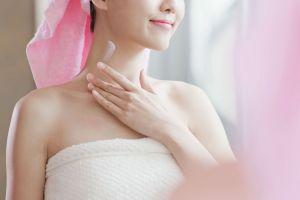 Los 5 mejores productos con retinol para prevenir las arrugas en tu rostro y escote