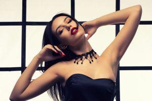 5 fajas con efecto push up para las mujeres con poco busto