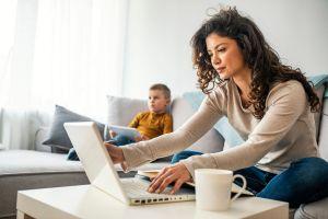 Mini laptops: Ligeras para trabajar o estudiar desde cualquier lugar