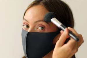 Nueva normalidad: Los mejores productos y maquillajes para resaltar tus ojos mientras usas mascarilla
