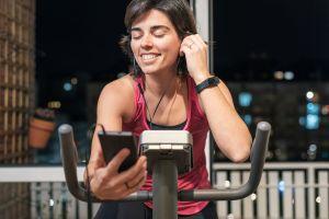 Las mejores bicicletas estáticas de ejercicios para mantenerte en forma en casa