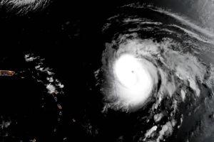 Huracán Teddy podría llegar como categoría 4 o 5 a costa Este de EEUU la próxima semana