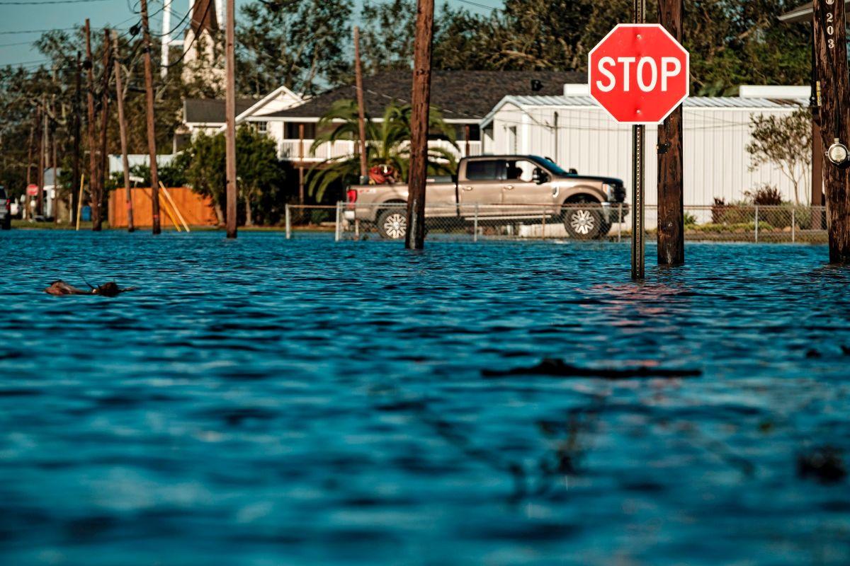 Delta azotó Louisiana a solo semanas del impacto de huracánLaura