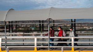 CDC no aprobó cierre de frontera con México que ha permitido expulsión acelerada de indocumentados