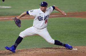 Honor a quien honor merece: LeBron James se rinde ante Víctor González de los Dodgers