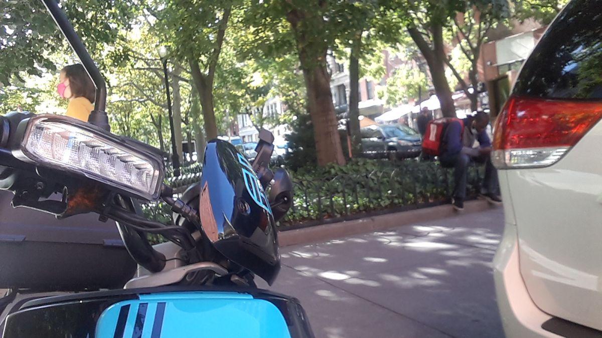 Motos Revel son fatalmente más peligrosas que Citi Bikes, confirman autoridades de Nueva York