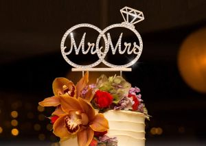 5 diseños de adornos y decoración ideales para tu pastel de bodas