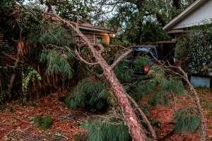 Huracán Zeta deja al menos 3 muertos en EEUU antes de degradarse a tormenta tropical