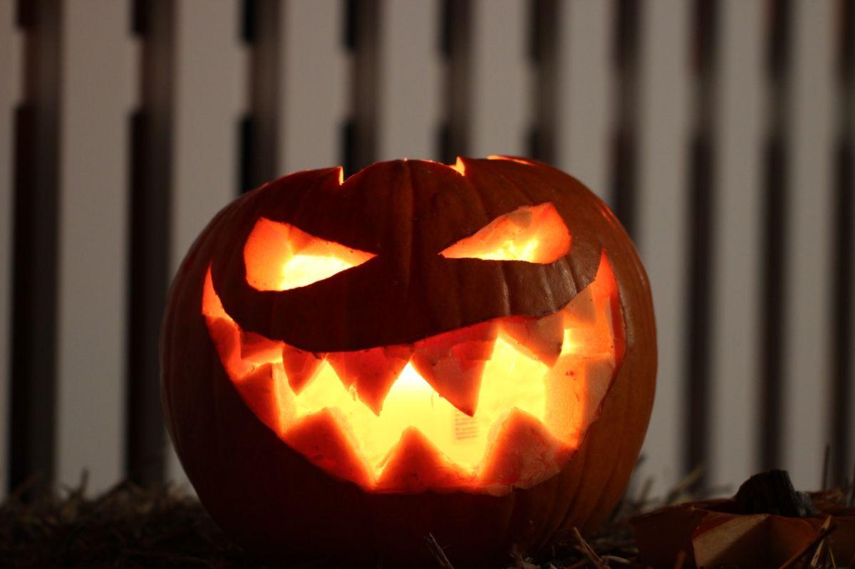¿Por qué las calabazas de asocian con Halloween?