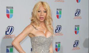 Ivy Queen, con 48 años, viste todo su cuerpo con medias transparentes al estilo atrevido y ardiente como Noelia