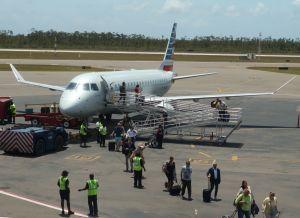 Un avión de American Eagle procedente de Miami se despistó al aterrizar en Gran Bahama