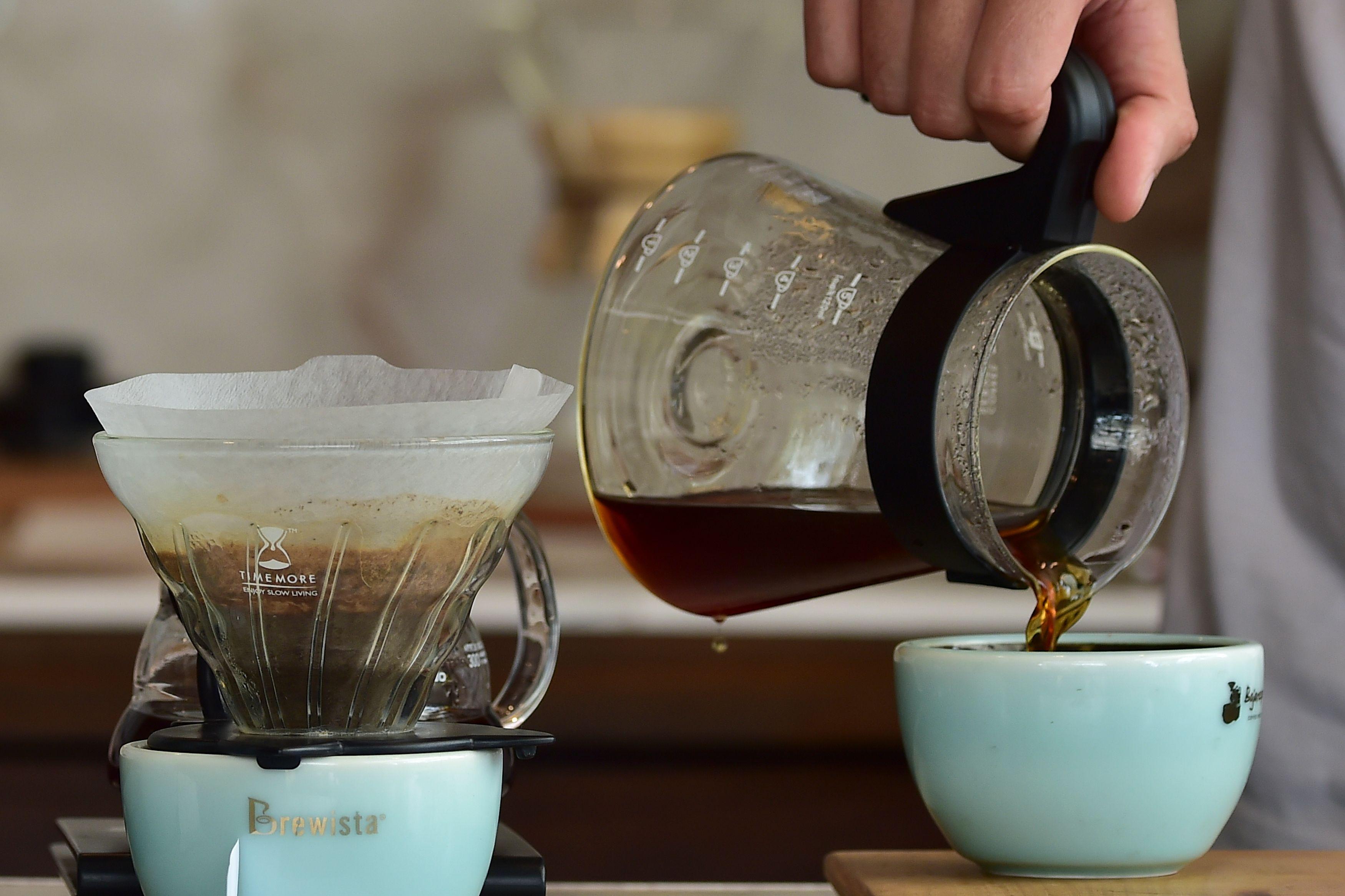 Por qué beber café te hace más feliz según la ciencia