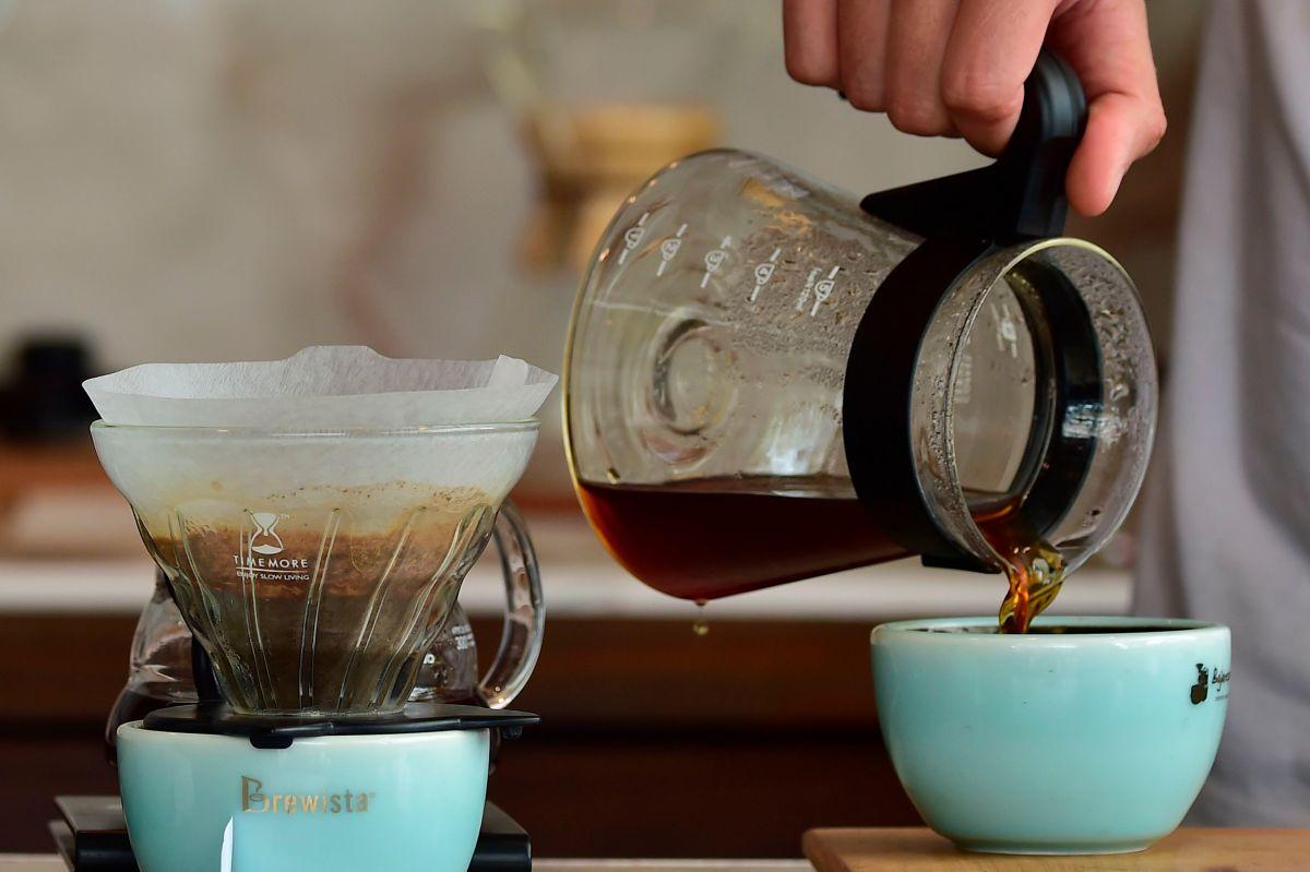 Por qué beber café te hace más feliz y más productivo según la ciencia