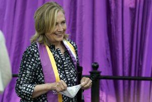 El consejo de Hillary Clinton a Kamala Harris, candidata a la vicepresidencia