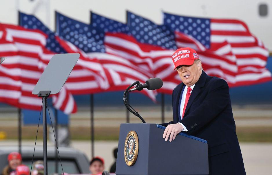 El lunes se votará un nuevo paquete de estímulo en el Senado que podría llevar a un nuevo enfrentamiento con Trump
