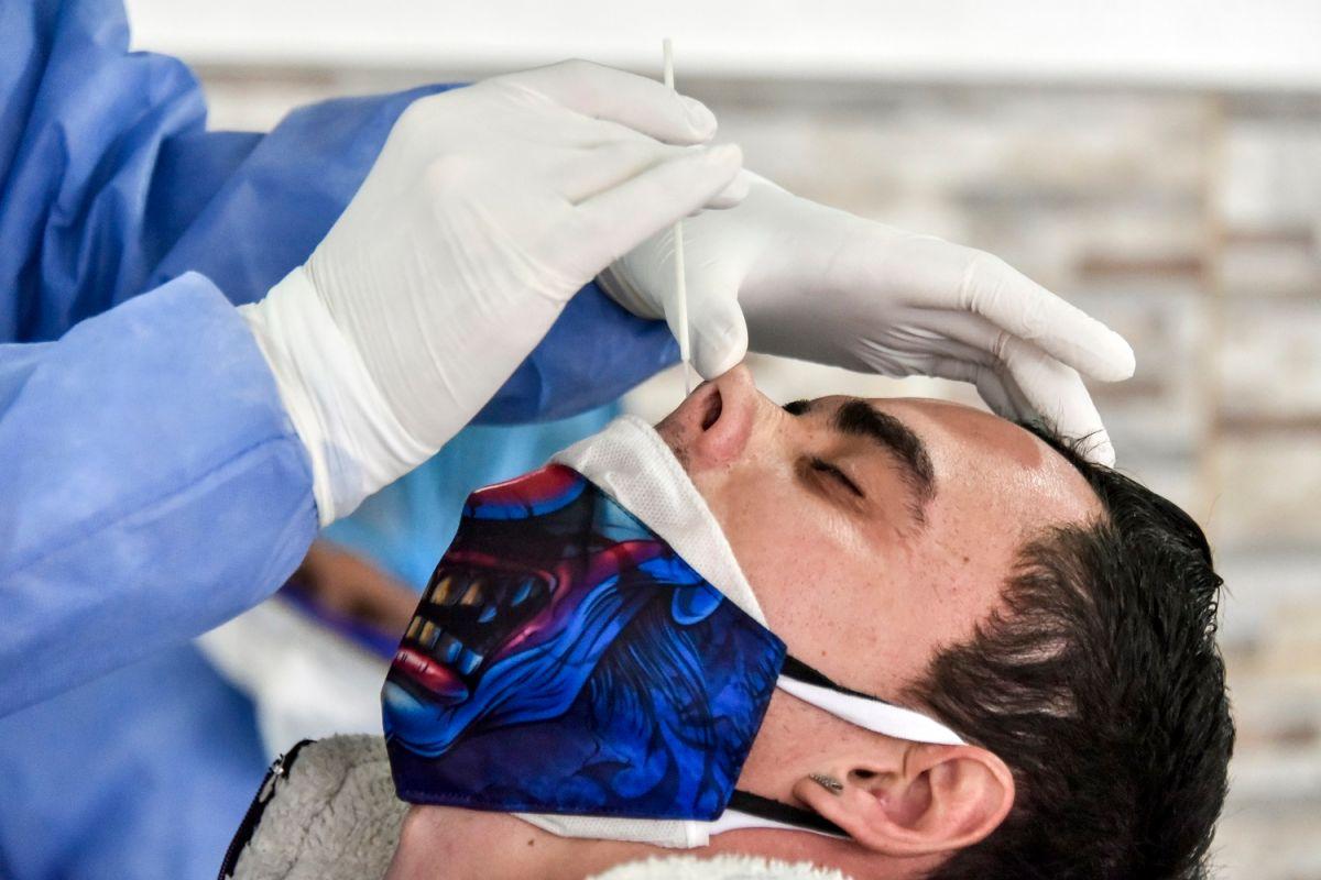 Oxford desarrolla una prueba que puede detectar el coronavirus en menos de cinco minutos sin hurgarte la nariz