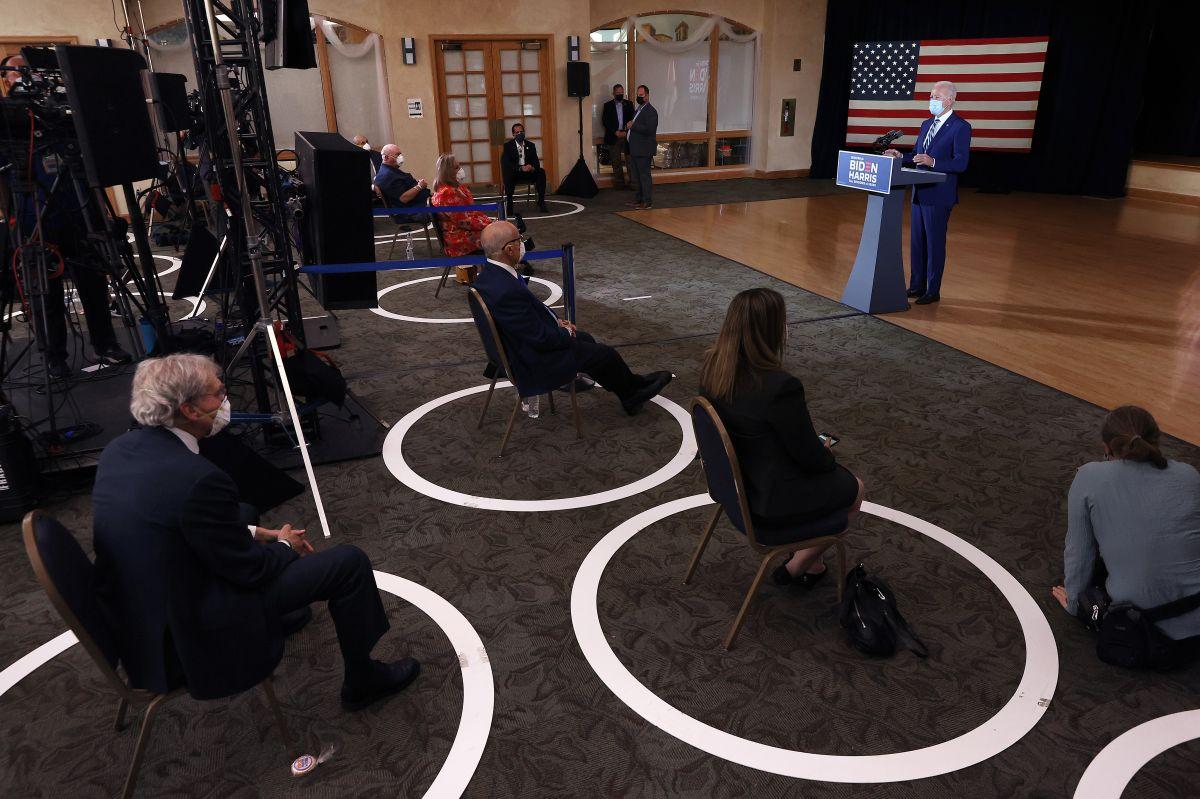 Biden advierte a jubilados sobre los riesgos que Trump representa para la salud